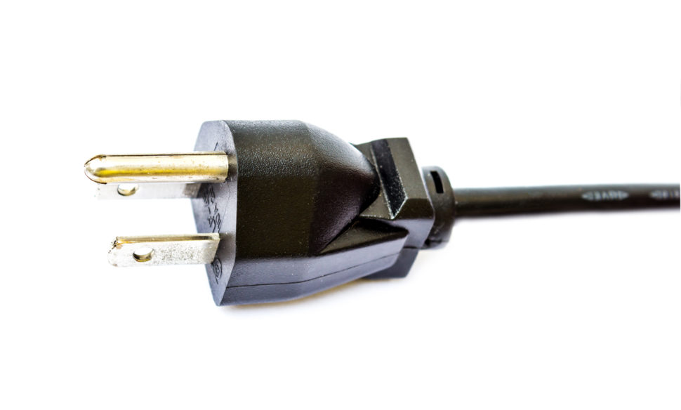 Electrical plug for generato
